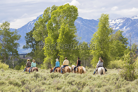 horse riding grand teton national park