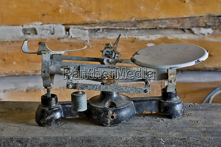 bannack ghost town displaying scale