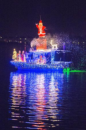 christmas boat parade new smyrna beach
