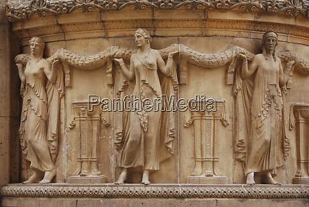 sculptures palace of fine arts marina
