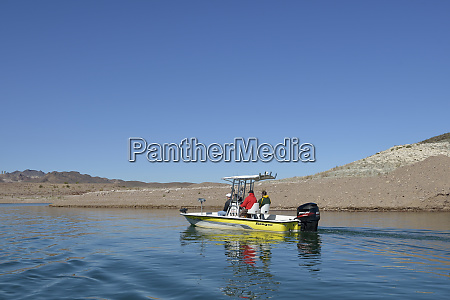 usa nevada lake mead people heading