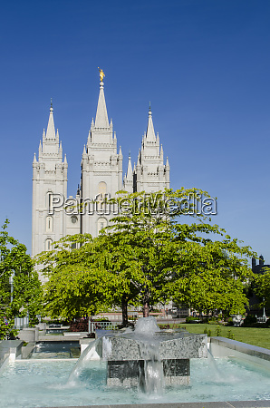 fountain with salt lake temple temple