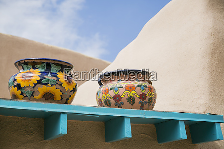 artistic pottery decor taos new mexico