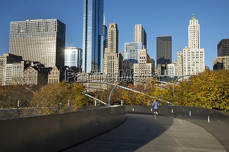 bp bridge in millennium park in