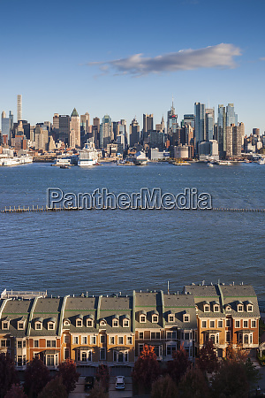 usa new york city manhattan skyline