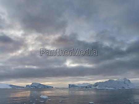 ilulissat icefjord a unesco world heritage