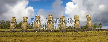 easter island chile moai statues