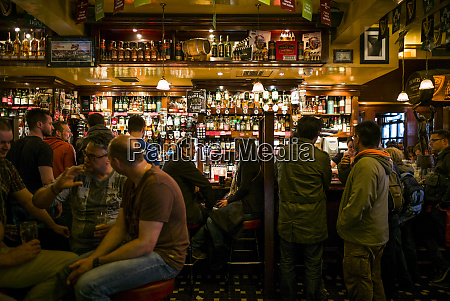 ireland dublin temple bar pub interior