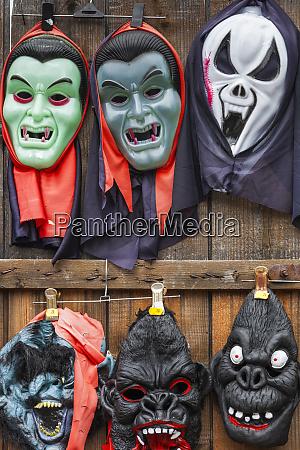 romania transylvania tihuta pass souvenir market