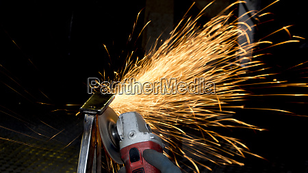 production of metal structures processing of
