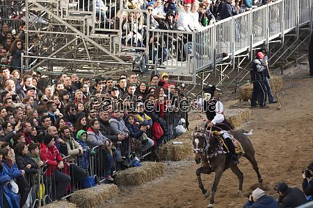 italy sardinia oristano masked rider attempts