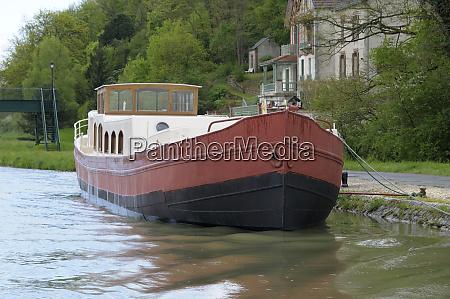 france centre chatillon sur loire barge