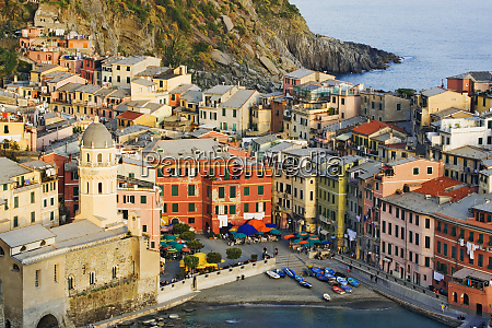 italy vernazza overview of town and