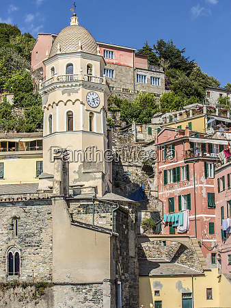 scenic view of vernazza italy