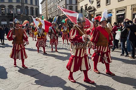 parade of calcio storico firenze piazza