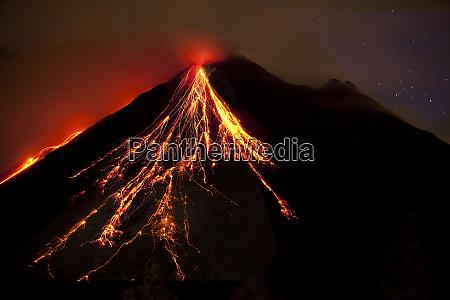 caribbean costa rica mt arenal erupting