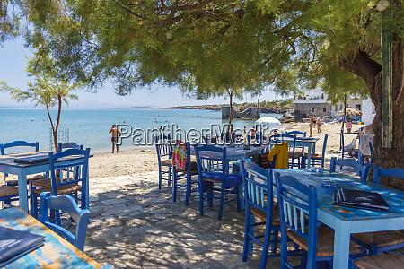 beach restaurant in moutsouna naxos island