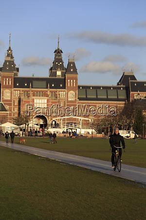the rijksmuseum building in central amsterdam
