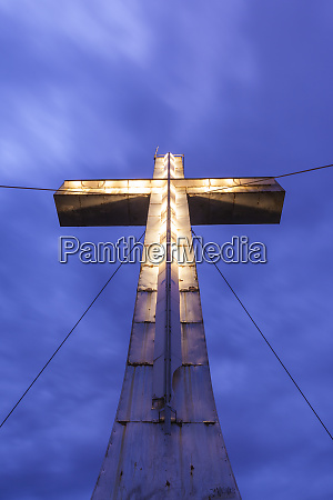 canada quebec la malbaie illuminated cross