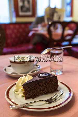 sacher torte famous cafe sacher salzburg
