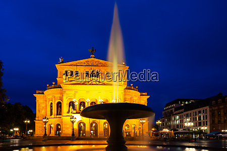 old opera house in frankfurt at