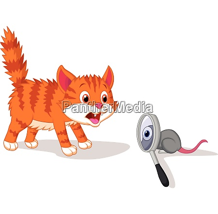 cat afraid of mouse with magnifying