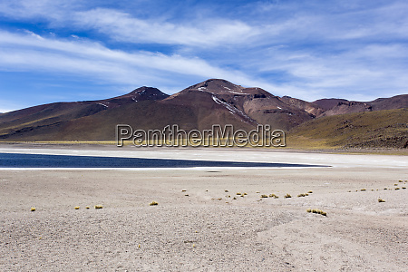 a beautiful view of laguna altiplanica
