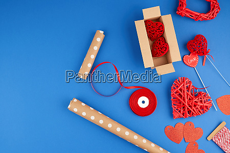 brown kraft paper packed gift box