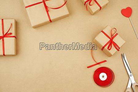 brown kraft paper packed gift box