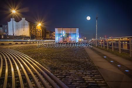 blue hour at dublin docks promenade