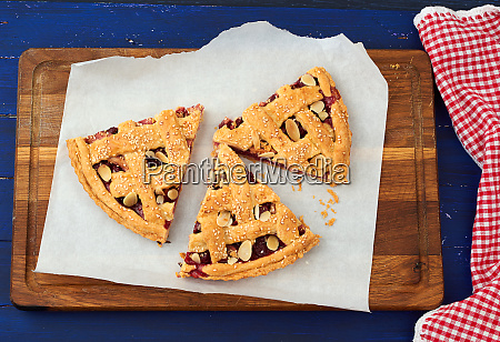 round traditional baked cherry pie blue