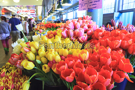 flowers for sale at pike place