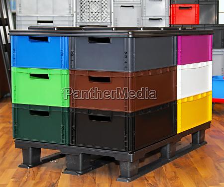 colour crates pallet