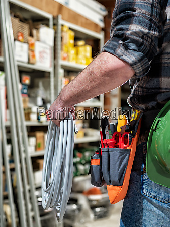 electrician in the store of electrical