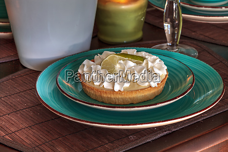 green keylime pie dessert on a