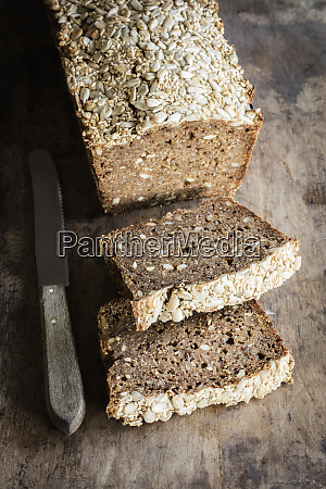 loaf of rhenish rye bread with