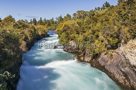 new zealand north island taupo long