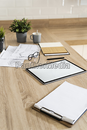 clipboard tablet and plan on wooden