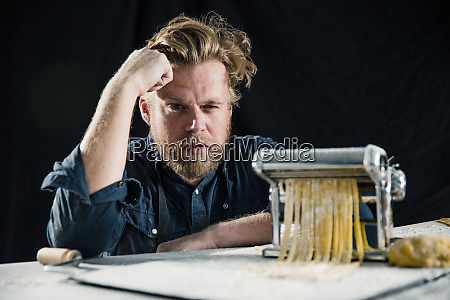 hobby chef making fresh tagliatelle with