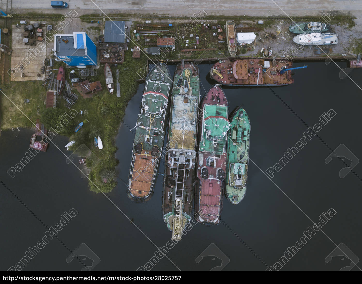 drone, view, of, ships, in, ladoga - 28025757