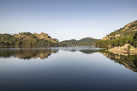 reservoir de lospedale in the morning