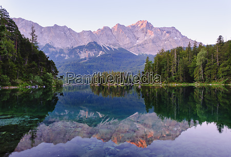 scenic view of eibsee lake with