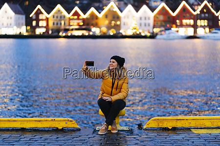 woman taking a selfie bergen norway
