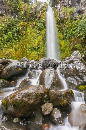 new zealand dawson falls waterfall splashing