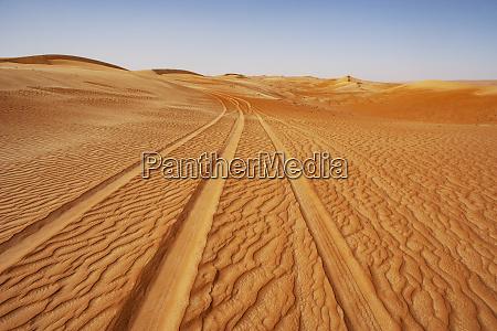 sultanate of oman wahiba sands dunes