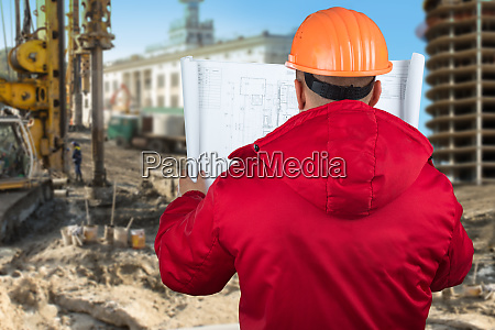 contractor reading plans