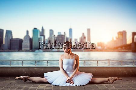 body flexibility of classical ballet dancer