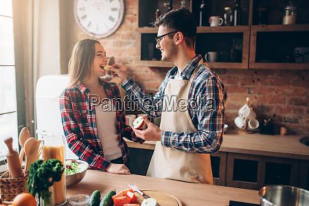 husband, feeds, wife, a, banana, on - 28061829