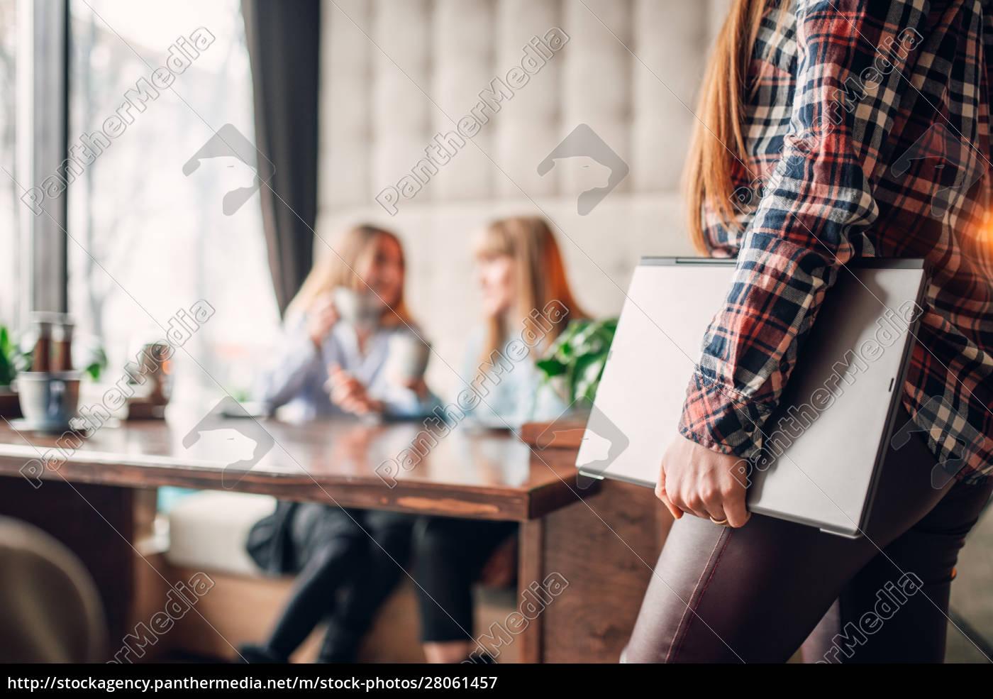 presentation, , female, manager, holding, laptop - 28061457