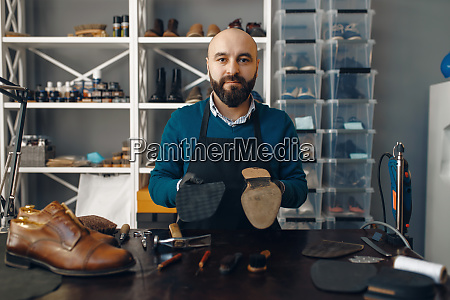 bootmaker, repairing, the, shoe, , footwear, repair - 28062397
